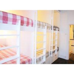 Liv'in Lisbon Hostel Кровать в общем номере с двухъярусной кроватью фото 8