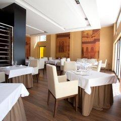 Отель M.A. Sevilla Congresos Испания, Севилья - 1 отзыв об отеле, цены и фото номеров - забронировать отель M.A. Sevilla Congresos онлайн питание фото 2