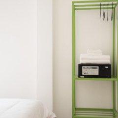 Отель Bed & Body Bangkok 2* Стандартный номер с различными типами кроватей фото 4