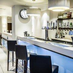 Отель Holiday Inn Express Manchester CC - Oxford Road Великобритания, Манчестер - отзывы, цены и фото номеров - забронировать отель Holiday Inn Express Manchester CC - Oxford Road онлайн гостиничный бар