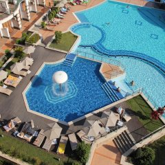 Отель GT Emerald Resort & SPA Apartments Болгария, Равда - отзывы, цены и фото номеров - забронировать отель GT Emerald Resort & SPA Apartments онлайн бассейн
