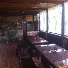 """Отель Toncho""""s Guest House & Mehana Велико Тырново питание"""