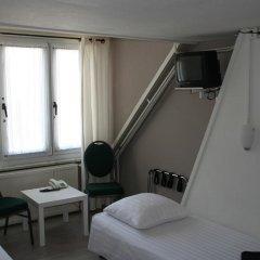 Budget Hotel Barbacan 2* Номер с общей ванной комнатой с различными типами кроватей (общая ванная комната) фото 5