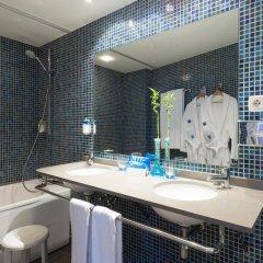 Отель TRYP Valencia Feria ванная