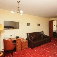 Гостиница Леонарт 3* Улучшенный номер с двуспальной кроватью фото 4