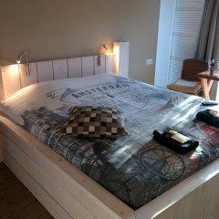 Отель Minties, Floating Bed en Breakfast комната для гостей фото 3