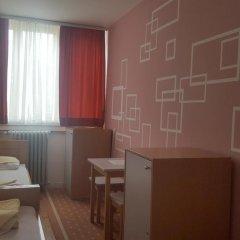 Youth Hostel Zagreb Стандартный номер с 2 отдельными кроватями (общая ванная комната) фото 9