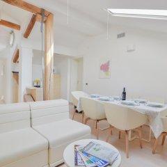 Отель Palazzo Banchi Halldis Apartments Италия, Болонья - отзывы, цены и фото номеров - забронировать отель Palazzo Banchi Halldis Apartments онлайн интерьер отеля