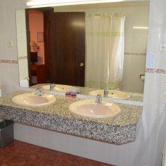 Отель Cuatro Naciones 2* Стандартный номер с различными типами кроватей фото 10