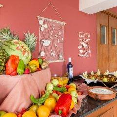 Отель Apartamentos Playa Ferrera питание фото 3