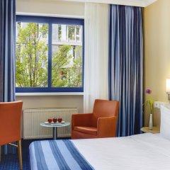Отель IntercityHotel Nürnberg Германия, Нюрнберг - 2 отзыва об отеле, цены и фото номеров - забронировать отель IntercityHotel Nürnberg онлайн комната для гостей фото 5