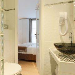 Отель Hôtel Atelier Vavin 3* Стандартный номер с различными типами кроватей фото 14