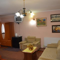 Гостиница Усадьба Арефьевых комната для гостей фото 4