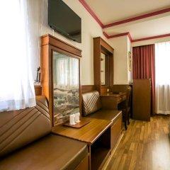 Elizabeth Hotel 3* Улучшенный номер с различными типами кроватей фото 6