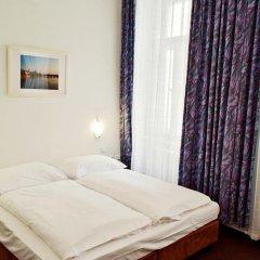 Hotel Meran 3* Стандартный номер с двуспальной кроватью фото 9