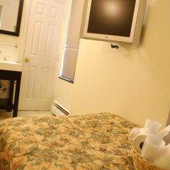 Отель Americana Inn 2* Стандартный номер с 2 отдельными кроватями (общая ванная комната) фото 4