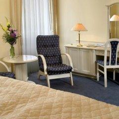 Отель Danubius Health Spa Resort Grandhotel Pacifik 4* Улучшенный номер с двуспальной кроватью