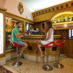Отель Ca' Messner 5 Leoni гостиничный бар