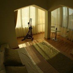 White City Hotel фитнесс-зал