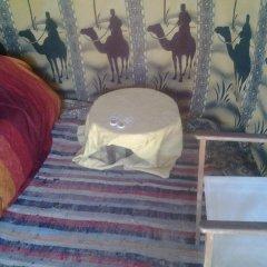 Отель Bivouac Nkhila Tizi Zagora Марокко, Загора - отзывы, цены и фото номеров - забронировать отель Bivouac Nkhila Tizi Zagora онлайн интерьер отеля фото 2