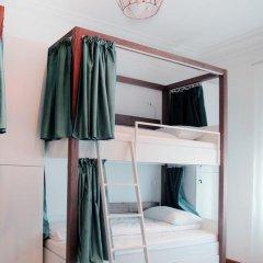 Отель Karavan Inn Кровать в общем номере с двухъярусной кроватью фото 26