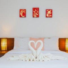 Отель Karon Sunshine Guesthouse & Bar 3* Улучшенный номер с различными типами кроватей фото 4