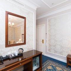 Rixwell Gertrude Hotel 4* Улучшенный номер с двуспальной кроватью фото 17