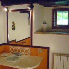 Отель Della Genga La Pieve Suite Сполето ванная