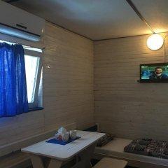 Гостиница Chernomorsky Mayak комната для гостей