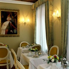 Отель Affittcamere Casa Pisani Canal Венеция спа