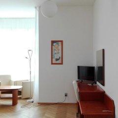 Hotel Jana / Pension Domov Mladeze Люкс с различными типами кроватей фото 7