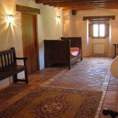 Отель La Abadia Испания, Аинса - отзывы, цены и фото номеров - забронировать отель La Abadia онлайн интерьер отеля фото 3