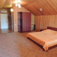 Гостиница Сахалин Стандартный семейный номер разные типы кроватей фото 2