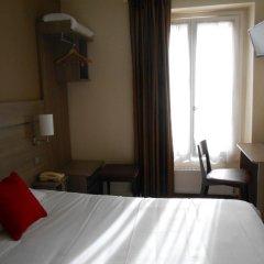 Отель De Paris Montmartre Париж удобства в номере