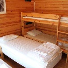 Отель Rastila Camping Helsinki Коттедж с различными типами кроватей фото 9