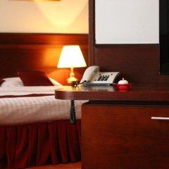 Hotel Holiday Zagreb 3* Стандартный семейный номер с двуспальной кроватью фото 6