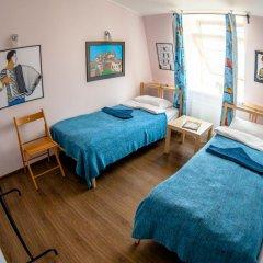 Хостел Angel Court Yard Кровать в общем номере двухъярусные кровати фото 38