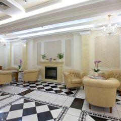 Queen's Court Hotel &Residence интерьер отеля фото 3