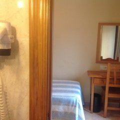 Отель Hostal Plaza Каррисо комната для гостей фото 2