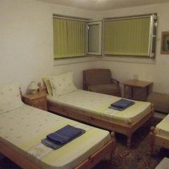 Отель Plamena Guest Rooms Болгария, Карджали - отзывы, цены и фото номеров - забронировать отель Plamena Guest Rooms онлайн комната для гостей фото 4