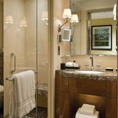 Four Seasons Hotel London at Park Lane 5* Улучшенный номер с двуспальной кроватью фото 2