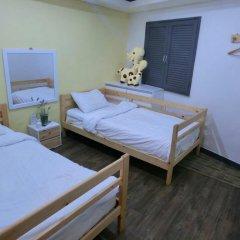 Отель Monster Guesthouse 2* Стандартный номер с 2 отдельными кроватями