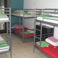 Hostel Figueres Кровать в общем номере с двухъярусной кроватью фото 2