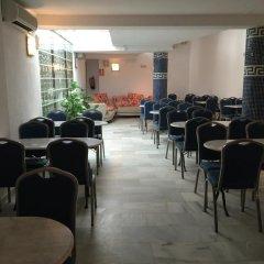 Отель Playa Conil Испания, Кониль-де-ла-Фронтера - отзывы, цены и фото номеров - забронировать отель Playa Conil онлайн питание фото 3