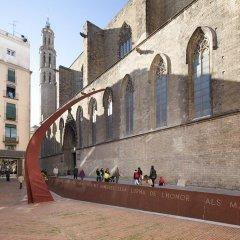 Апартаменты Inside Barcelona Apartments Vidreria парковка