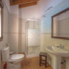 Отель Casa el Genal Хускар ванная