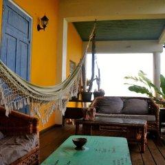 Отель Germaican Hostel Ямайка, Порт Антонио - отзывы, цены и фото номеров - забронировать отель Germaican Hostel онлайн бассейн