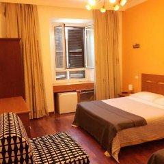 Отель Overseas Guest House Стандартный номер с различными типами кроватей фото 4