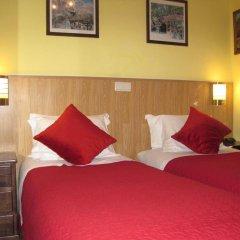 Отель Residencial Faria Guimarães Стандартный номер 2 отдельными кровати фото 4