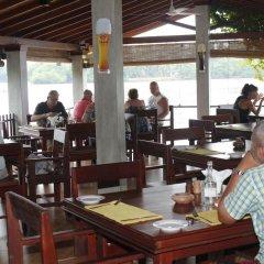 Отель Thumbelina Apartments & Hotel Шри-Ланка, Бентота - отзывы, цены и фото номеров - забронировать отель Thumbelina Apartments & Hotel онлайн питание фото 2
